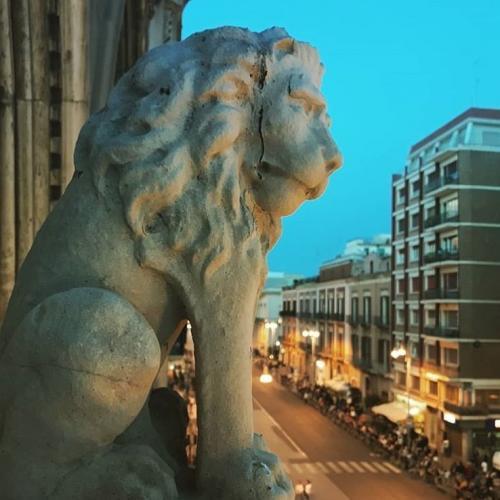 Visita a palazzo Fizzarotti con aperitivo serale sul terrazzo