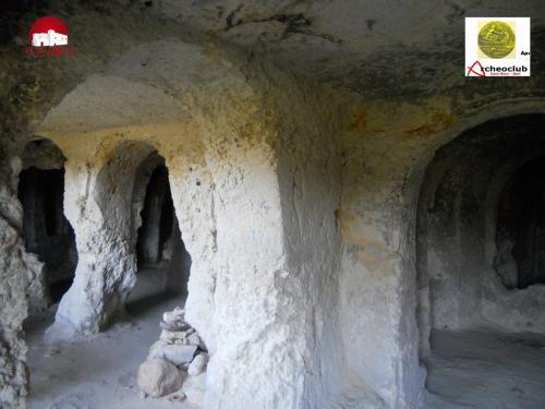 Lama Picone e gli insediamenti rupestri
