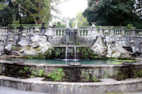 Due Giardini Fiabeschi a confronto