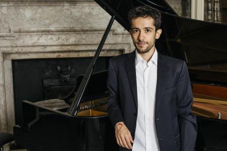 ANDREA EMANUELE piano recital