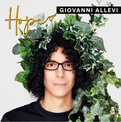 Giovanni Allevi a Bari per l'Hope Instore Tour