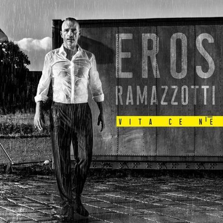 Eros Ramazzotti in concerto a Eboli