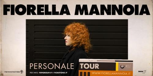 Fiorella Mannoia sul palco di Napoli