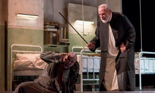 La Tempesta con Renato Carpentieri in scena al Vascello