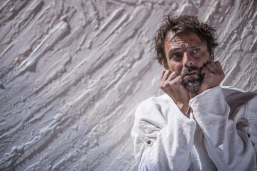 """Alessandro Preziosi in """"Vincent Van Gogh -L'odore assordante del bianco"""""""