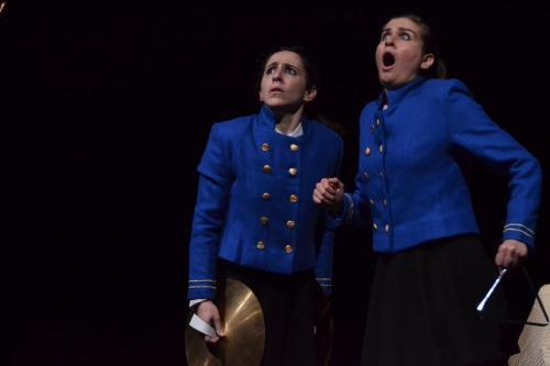 (Una)Regina, la libertà di due sorelle