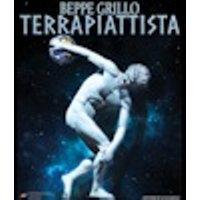 Beppe Grillo arriva da Aprilia con Terrapiattista