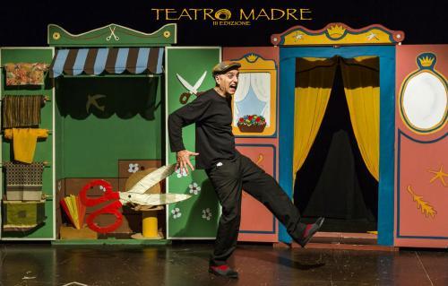 I vestiti nuovi dell'imperatore | Teatro Madre Festival 2020