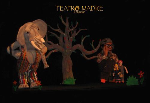 L'elefante smemorato e la papera ficcanaso | Teatro Madre Festival 2020