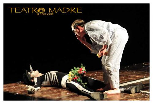 Storia di un uomo e della sua ombra | Teatro Madre Festival 2020